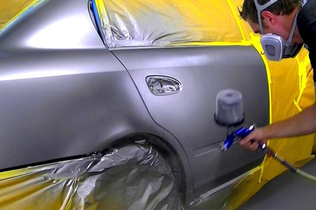 Заказать Покраска задней двери автомобиля в Санкт-Петербурге